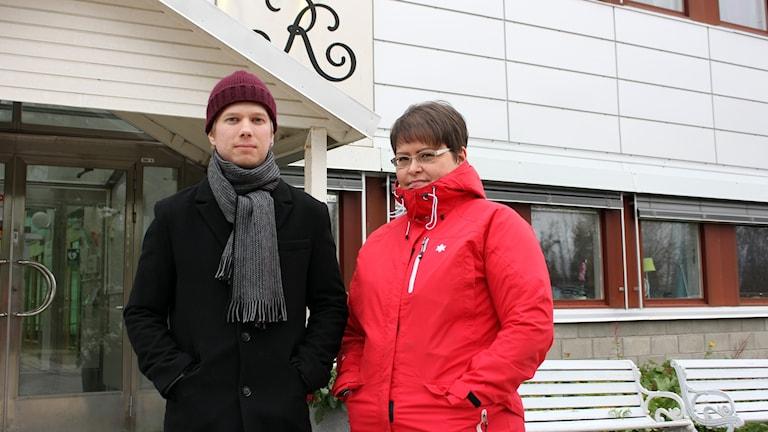 August Tapojärvi och Eva Sundberg på Radiotjänst i Kiruna.