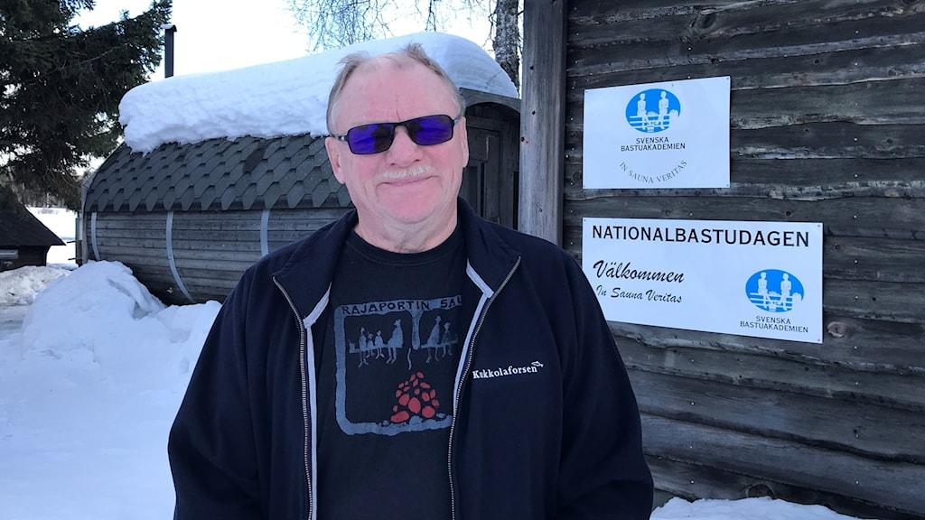 Svante Spolander i Svenska bastuakademin jobbar med förberedelserna inför den sjuttonde Internationella bastukongressen.