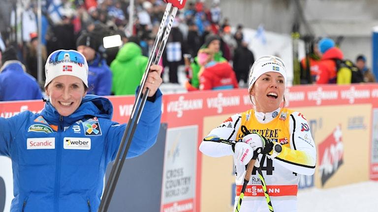 Tärendös Charlotte Kalla blev tvåa i duellen med norskan Marit Björgen.