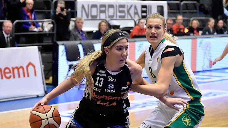 Luleå Baskets Katie Frerking mot Alvik.