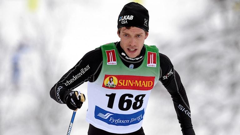 Marcus Hellner under herrarnas 15 km i klassisk stil under skidpremiären i Bruksvallarna.