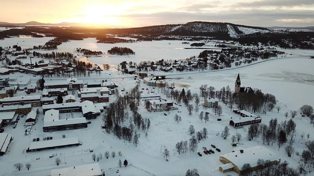 en bild på arjeplogs kommun från ovan