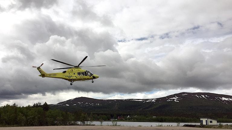 Den nya ambulanshelikoptern vid basen i Gällivare.