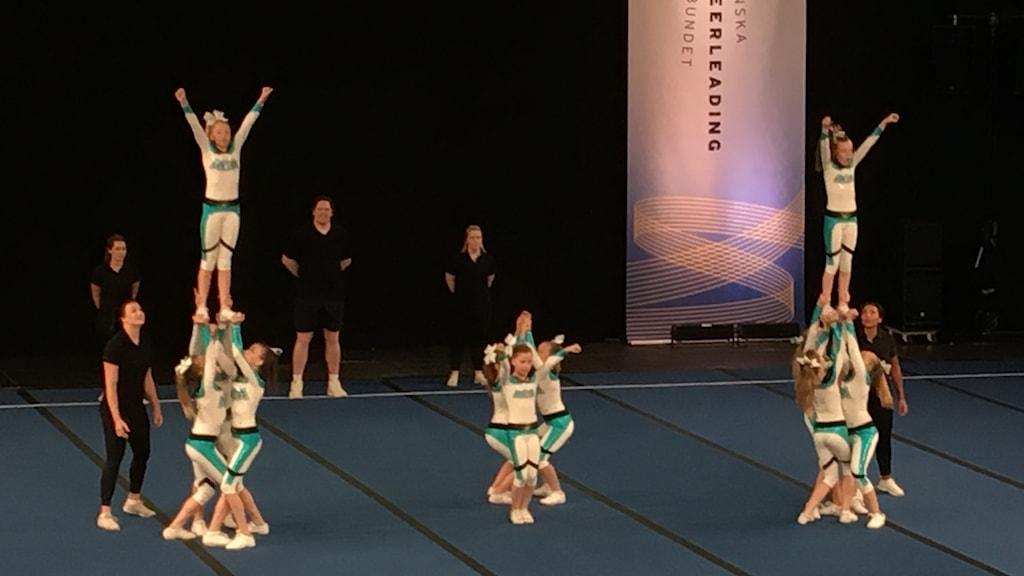 Cheerleadinglaget ACA Trojans i åldrarna 10-12 år