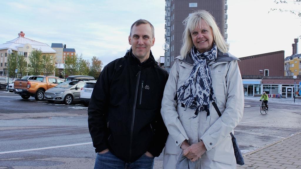 Sveriges Radios utrikskorrespondenter Johan Bergendorff och Margita Boström besöker Kiruna.