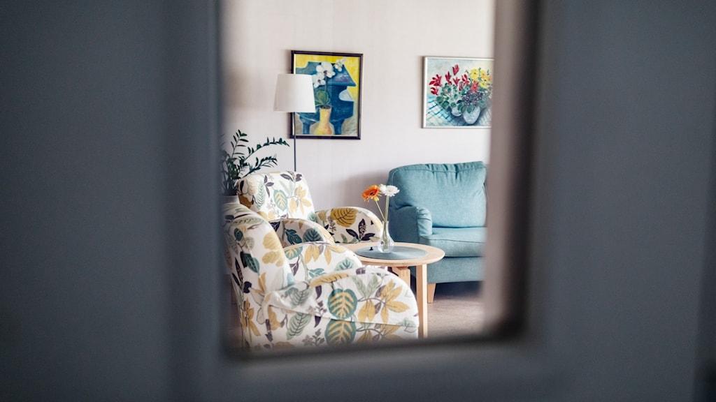 Ett rum på ett äldreboende.
