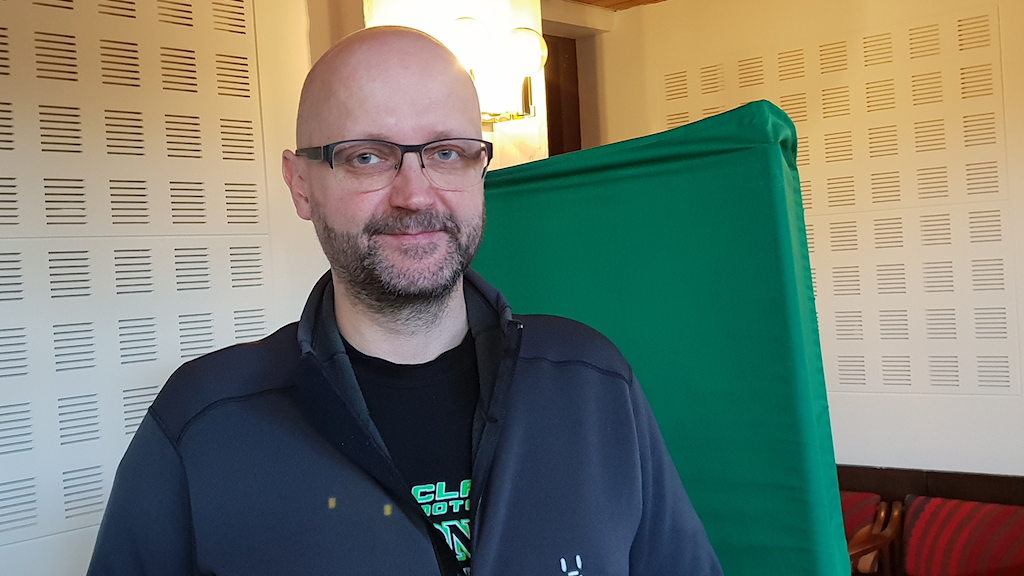 Sven Tornberg, kommunalråd (C) i Haparanda, förklarar att man satsat endel på att få igång framför allt förstagångsväljarna i det här EU-valet.