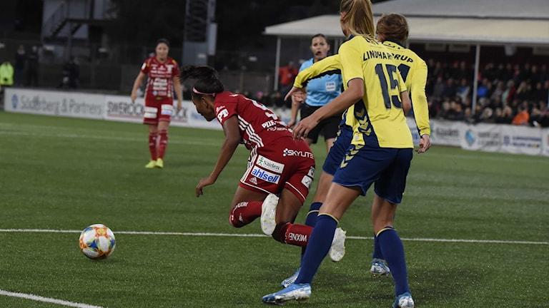 Piteå IF:s Madelen Janogy mot Bröndby i Champions League i fotboll.