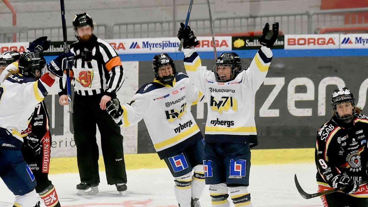 HV 71 jublar efter seger mot Luleå Hockey/MSSK i semifinalen 2017.