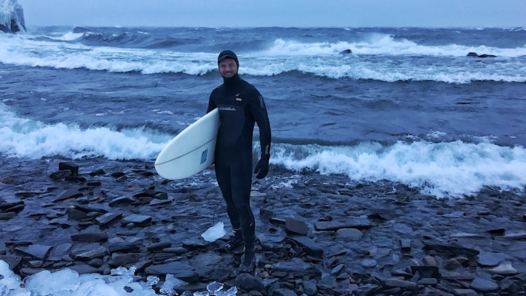 Per Jonsson surfade på torneträsk i ovädret
