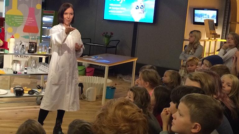 Linda Ökvist-Johansson, pedagog i Teknikens Hus i Luleå.