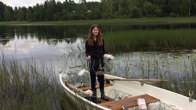 Olivia Kvarnlöv Johansson redo för kräftfiskepremiär i Råneälven.
