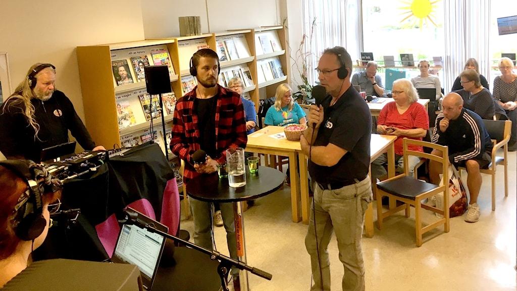 Vänsterpartiets Xamuel Gonzales och SverigedemokraternasCharlie Ahlholm debatterade under torsdagseftermiddagen.