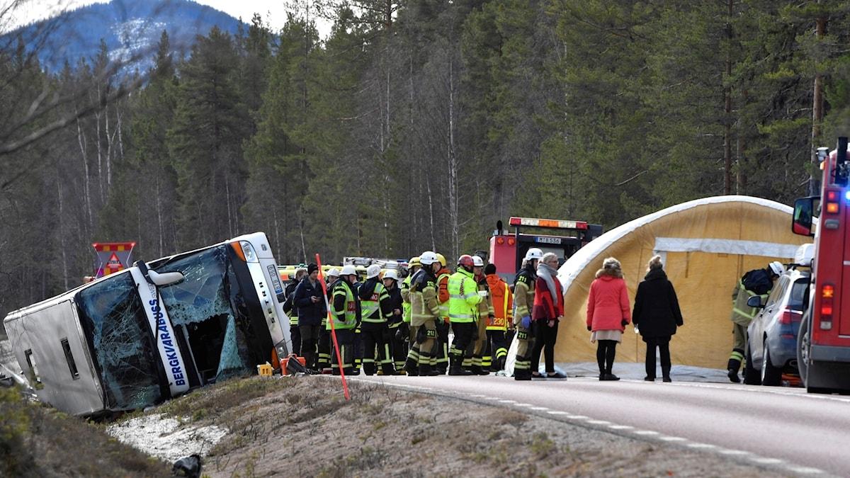 Bussolyckan vid Siksjön på E45 söder om Sveg