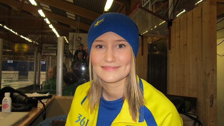 Sara McManus från Gävle är med i det svenska curlinglandslaget.