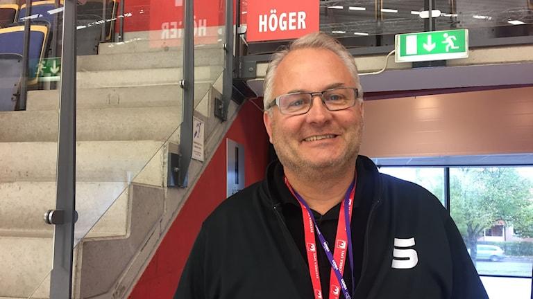 Pär Söderlund är general för World Cup i bandy som pågår mellan den 12 och 15 oktober.