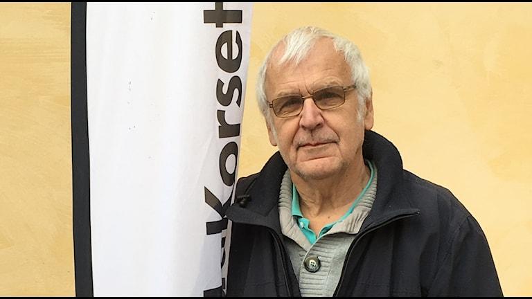 - Det är viktigt att ha kontakt med sin familj. Det är därför det här arbetet är så meningsfullt, säger Lennart Karlström i Röda korset som arbetar med efterforskning.