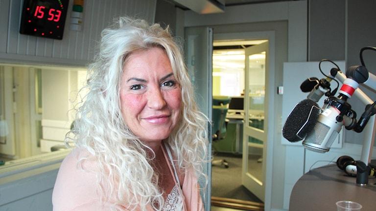 Lotta Fridh hade bröstcancer för 15 år sedan. Gick igenom den med tre andra kvinnor, hon är den enda som lever idag.