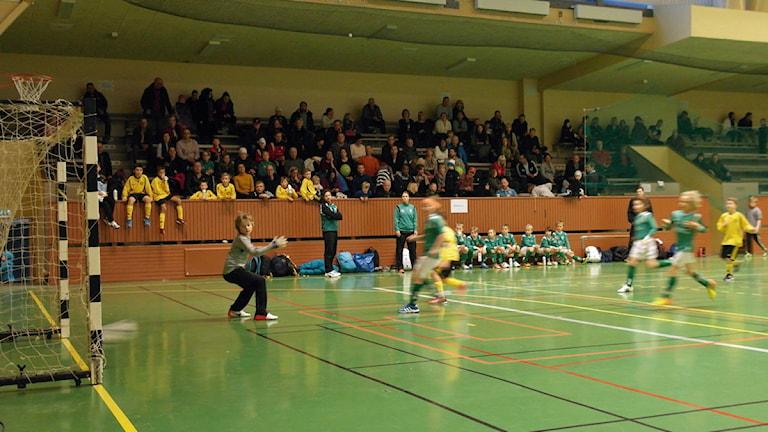 Inomhusfotboll i Sandviken.
