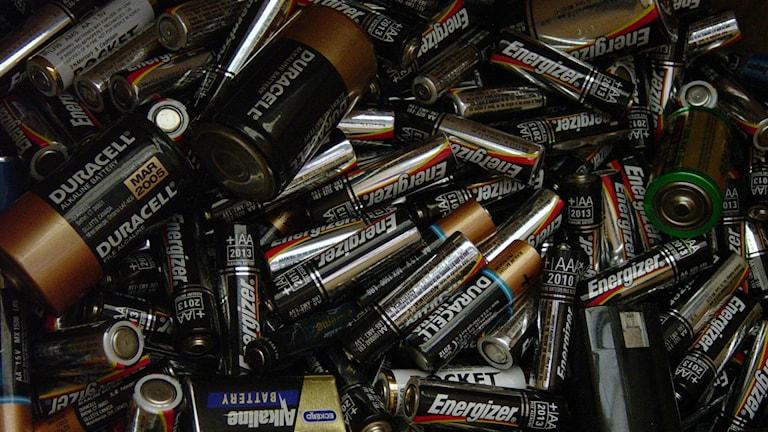 672 ton batterier och uttjänta elprylar ligger och skräpar i hemmen i Gävleborg. Foto: Heather Kennedy