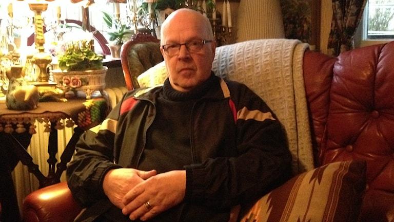 Jan Thuresson, engagerad i Hjärt- och lungsjukas förening, drabbades själv av en hjärtinfarkt för sex år sedan. Foto: Linnéa Forss/Sveriges Radio.