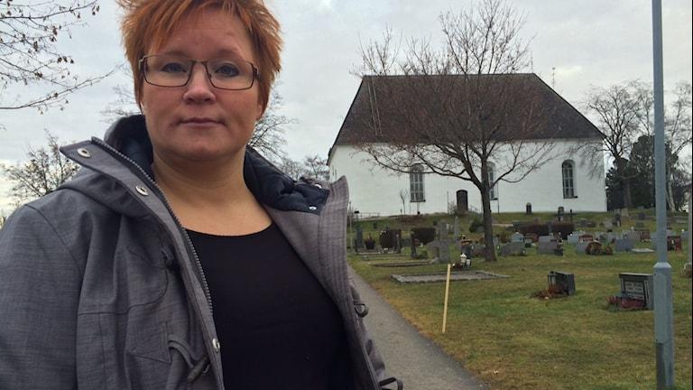 Viktigt att skolskeletten fick en värdig gravsättning tycker Malin Ängerå (S) ordförande i utbildningsnämnden i Ljusdal. Foto: Agneta Sundberg/Sveriges Radio