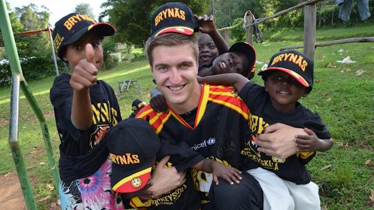 Viktor Alner i Kenya. Foto: Cecilia Kolsmyr