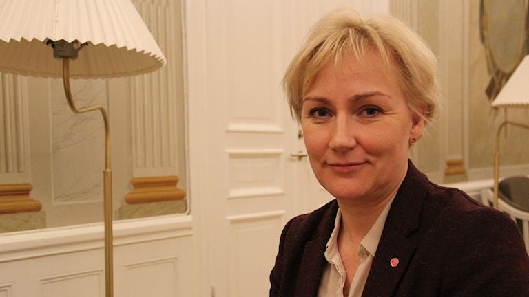 Helene Hellmark Knutsson (S), minister för högre utbildning och forskning. Foto: Klara Persson / Svergies Radio