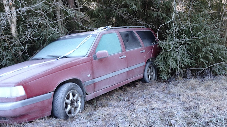 Med alkohol bakom ratten kan det verkligen gå åt skogen, 263 rattfulla togs fast av polisen förra året. Foto: Hasse Persson/Sveriges Radio