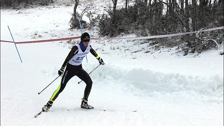 Felix Erlander från Norrala SK är med i ett nytt företagssponsrat team inom längdsporten i Hälsingland.