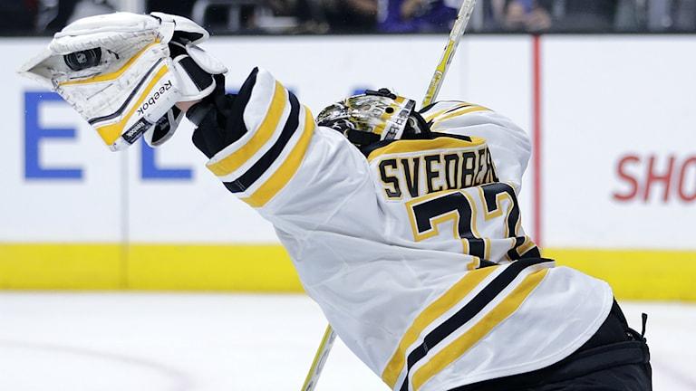 Niklas Svedberg var en av nattens stora stjärnor i NHL. Foto: TT