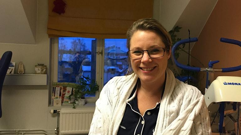 Kristin Eidhagen är Hälso- och idrottspedagog i Gävle och tipsar om hur man håller energin uppe efter ledigheterna. Foto: Oliver Bergman/Sveriges Radio