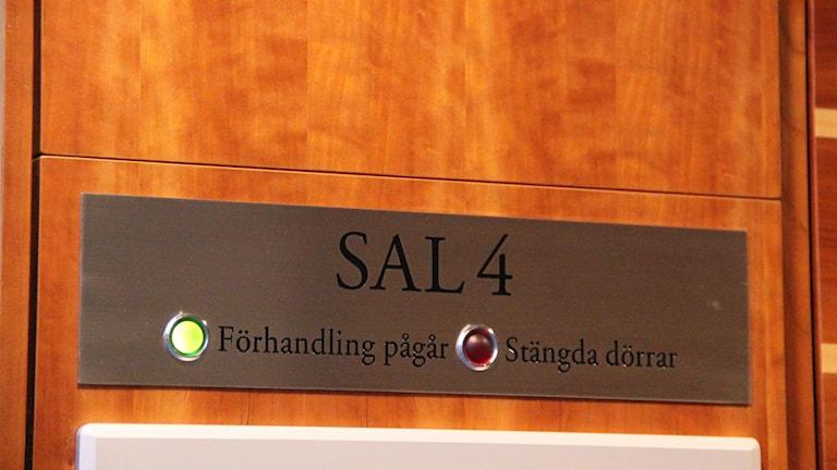 Sal 4 i Gävle tingsrätt där rättegången mot en 28-åring som är misstänkt för styckmord av en 24-årig småbarnsmamma. Foto: Fredrik Björkman/Sveriges Radio