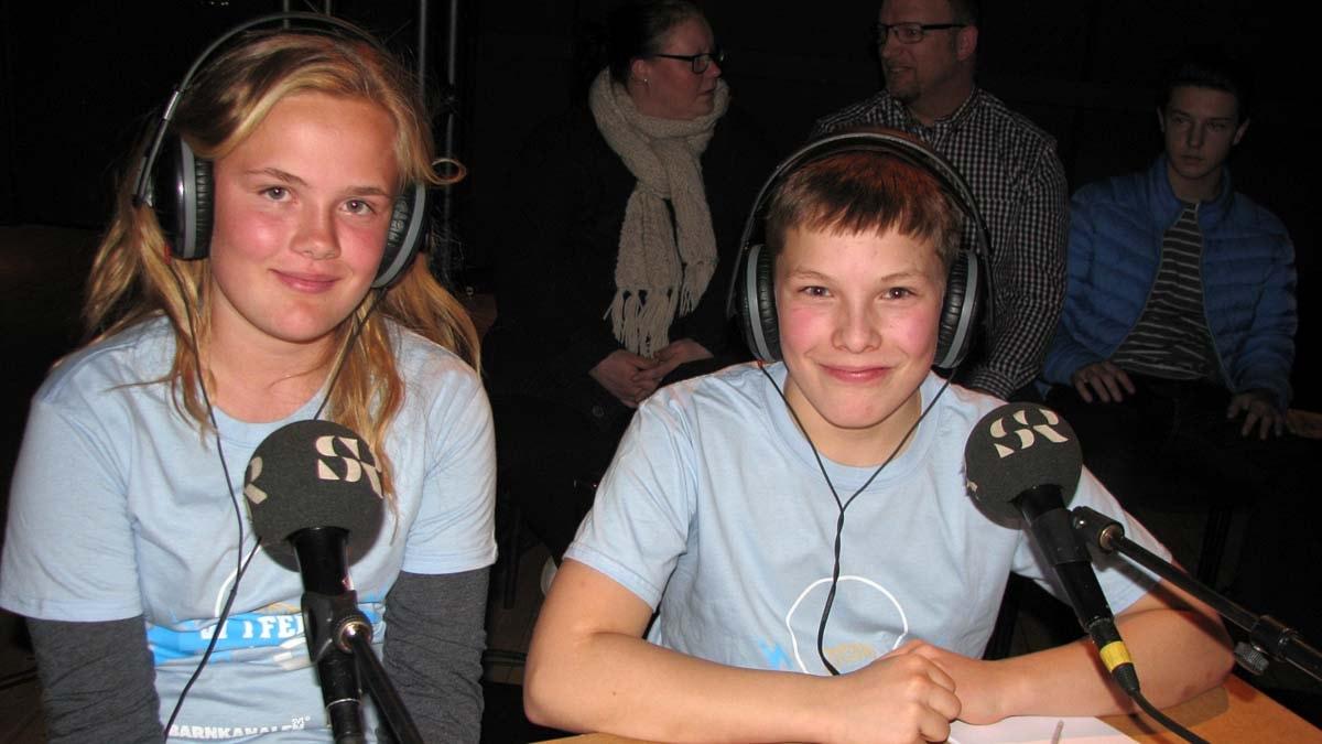 Thea Diekman-Lilja och Hugo Hålldin tog hem segern i den första kvartsfinalen av Vi i femman de tävlade för Jernvallsskolan klass 5B Sandviken. Foto:Ingegerd Engvall/Svreriges Radio