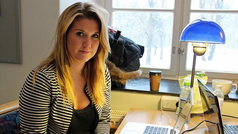 Julia Alden vid Högskolan i Gävle har ofta bara fyra timmar lärarledda lektioner i veckan. Foto: Linnea Johansson/P4 Gävleborg.