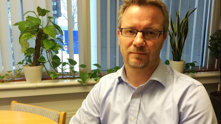 Tommy Stokka, socialchef i Bollnäs kommun inför tre semesterperioder för anställda inom omsorgen. Foto: Agneta Sundberg/Sveriges Radio