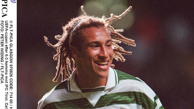 Henrik Larsson under tiden han spelade i skotska storklubben Celtic.