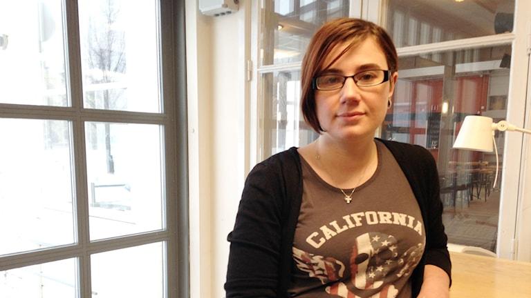 Studenten Agnes Selin har varit sjukskriven flera gånger - varje gång har det varit svårt att komma tillbaka till studierna.