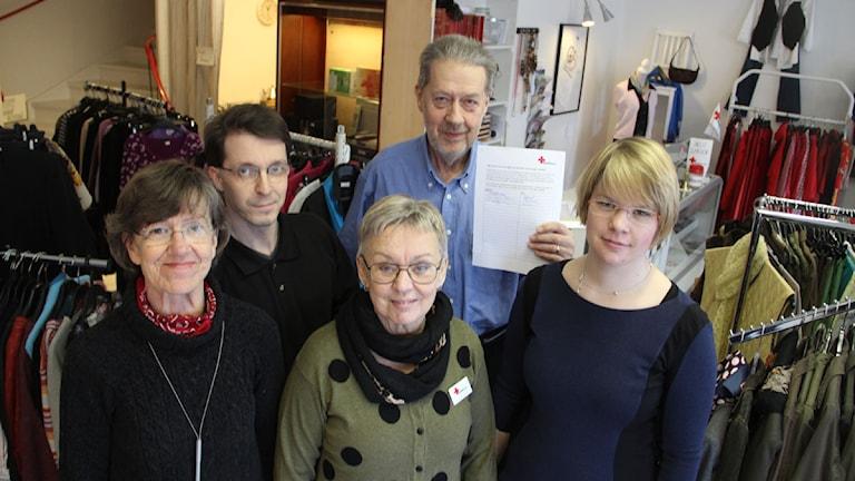 Samtliga som jobbar på Röda Korset i Hudiksvall har skrivit på namninsamlingen. Foto: Magnus Hansson/Sveriges Radio