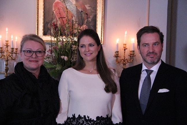 Prinsessan Madeleine tillsammans med Anna-Sofia Winroth från Gefle Chocolateri och prinsessans man Chris O'Neill.