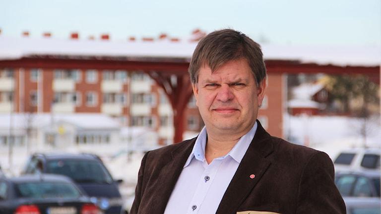 Söderhamns kommunalråd Sven-Erik Lindestam vill se fler förändringar när det gäller asylmottagandet. Foto: Magnus Hansson/Sveriges Radio