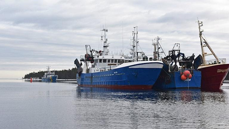 Bilden visar några andra fartyg utanför Norrsundet.