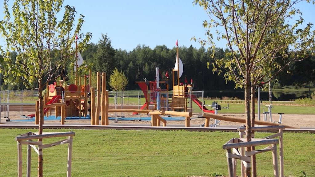 Inom kort kommer barnen kunna leka på Östernäs i Ljusdal. Foto: Magnus Hansson/Sveriges Radio
