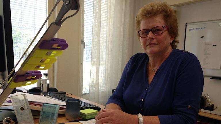 Anita Wahlberg, biträdande rektor på Andersbergsskolan i Gävle försöker rekrytera fler studiehandledare.
