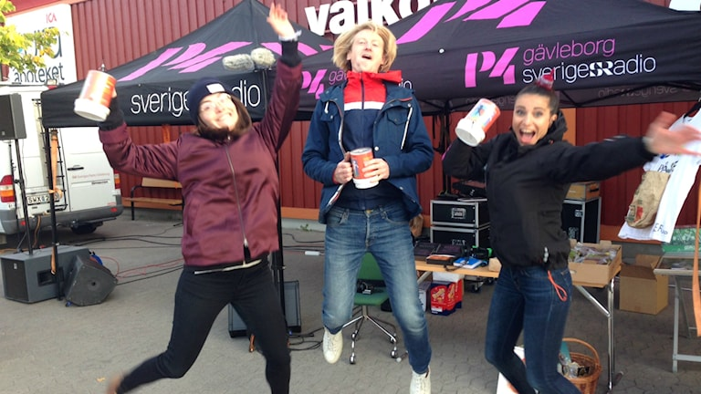 Emma, Staffan och Wenda är på gott humör!