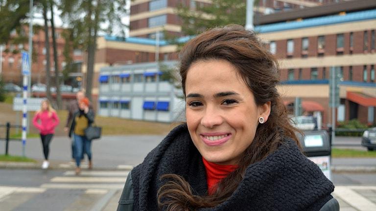 Dubbelt ansvar är ohälsosamt tror Minna Haijlo. Foto: Tomas Groop/ Sveriges Radio.
