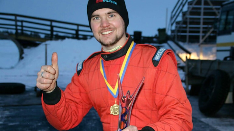 Mattias Ohlsson från Bollnäs vann SM i rallycross på is. Foto: Jenny Hapasari-Niemi