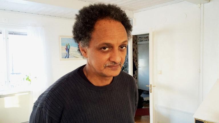 Yonas Tehome, anställd på Sandvik. Foto: Anna Molin/Sveriges Radio