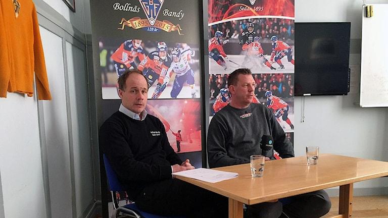 Robert Lindgren, klubbchef Bollnäs bandy och Micke Morin, ordförande i Bollnäs GIF fotboll.
