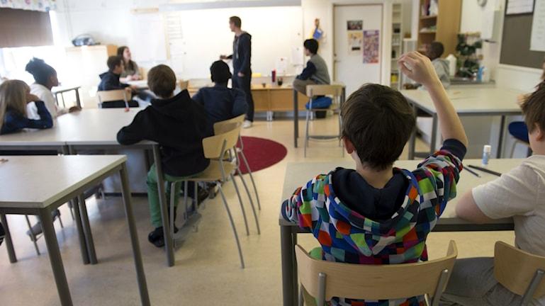 Många elever med utländsk bakgrund behöver extra stöd.